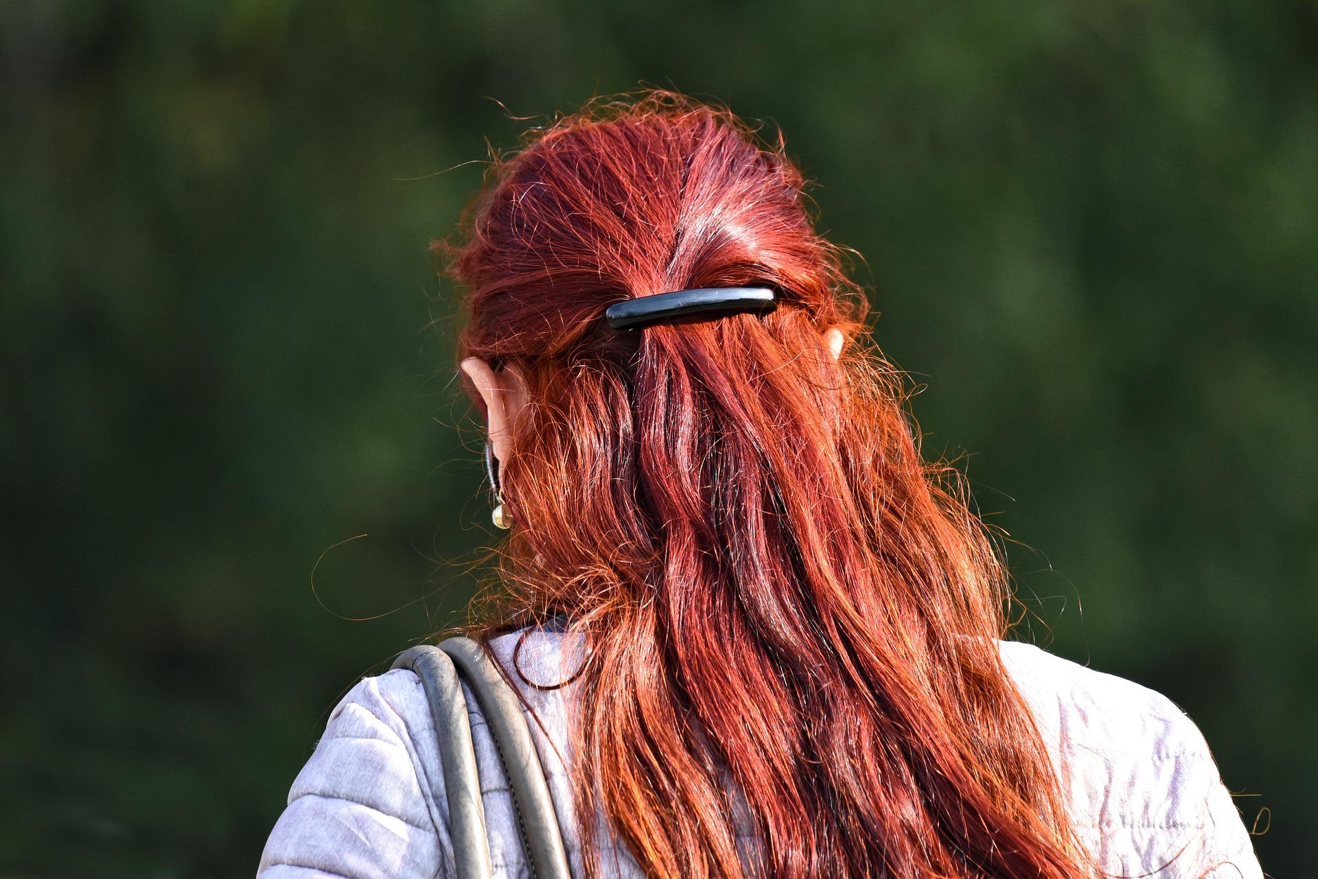 farbowanie włosów i trwała