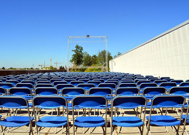 Jak wybrać krzesło składane?