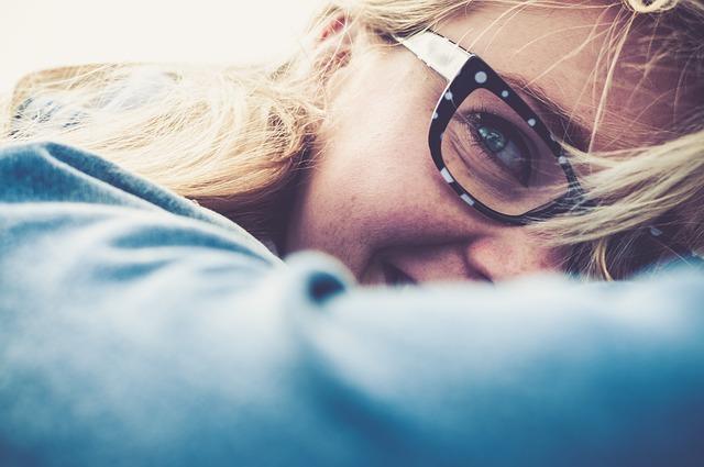 Modne oprawki do okularów