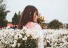 Szara sukienka na wesele